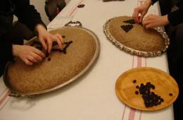 Preparing kolyva (2)