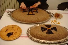 Preparing kolyva (3)
